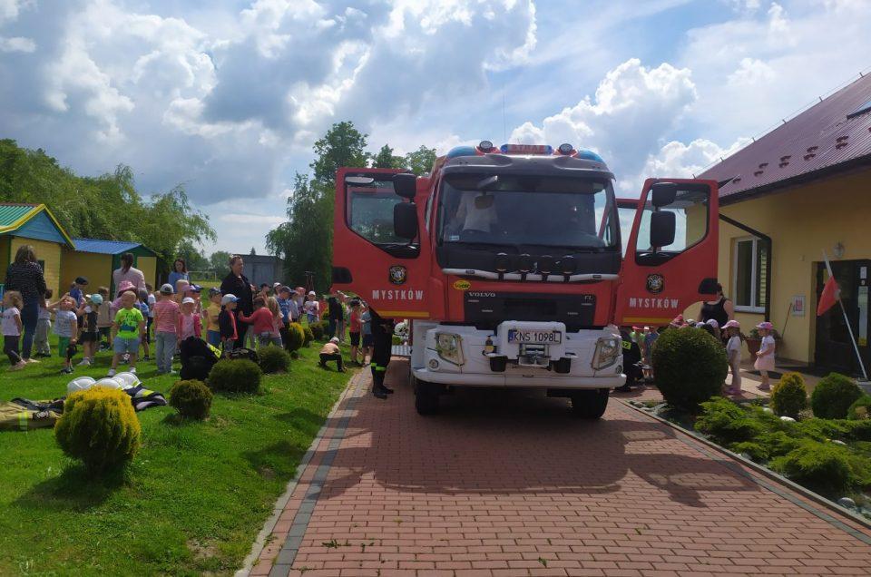 Wizyta strażaków z OSP w Mystkowie 🚒